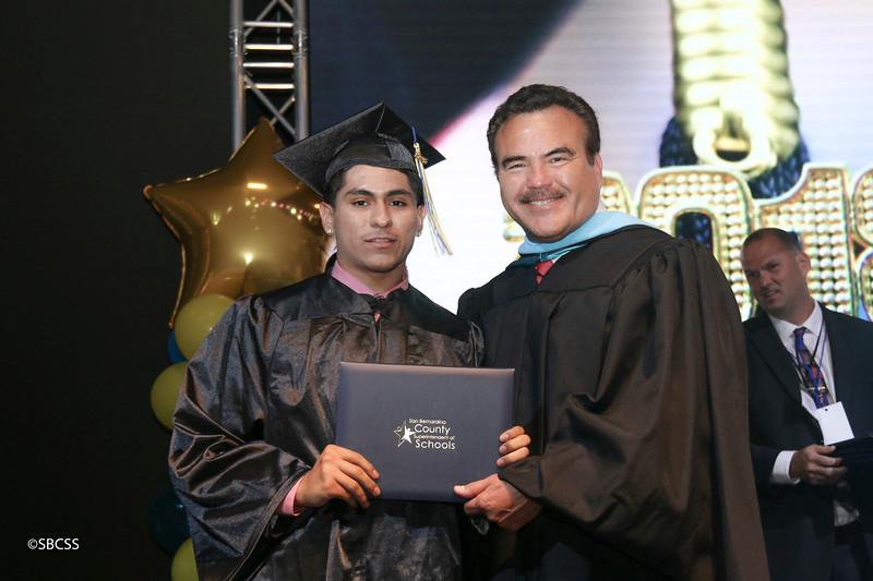 20180615_StudentServGrad-diplomas-7.jpg