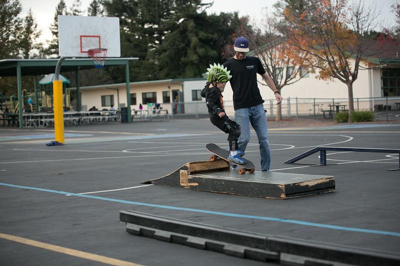 ChristianSkateboardDec2019-108.jpg