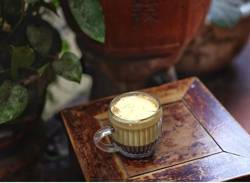 Things to do in Vietnam-Try a Vietnamese egg coffee