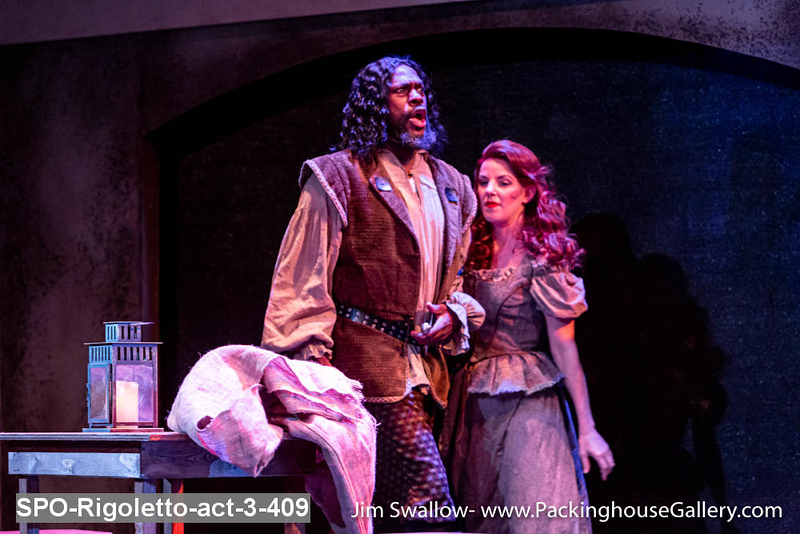 SPO-Rigoletto-act-3-409.jpg