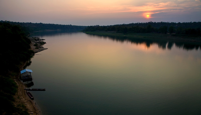 mekong sunset.jpg
