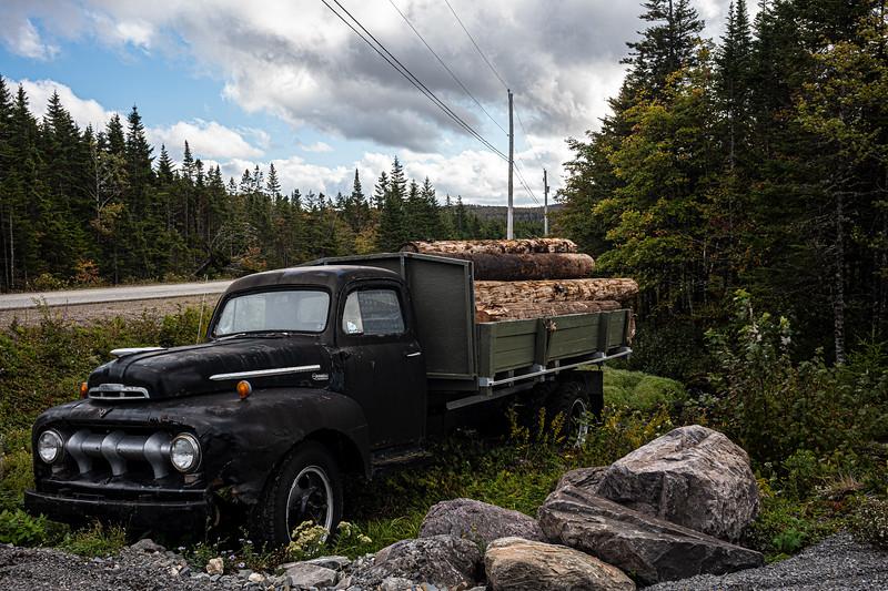 old logging truck Lundy NS.jpg
