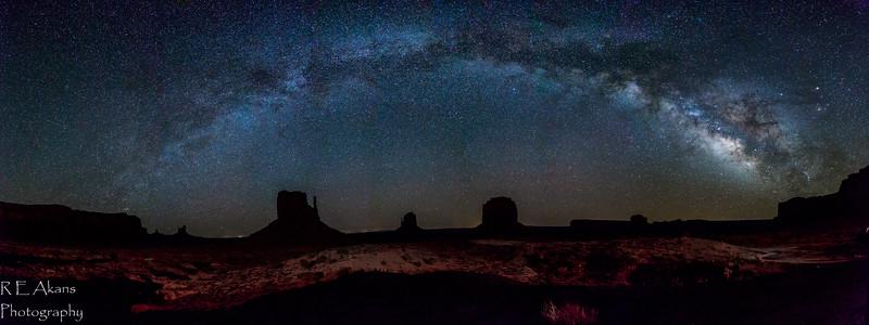MV Milky Way Panorama 2981-12 Comp.jpg