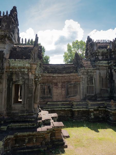 Inner courtyard of Banteay Samre