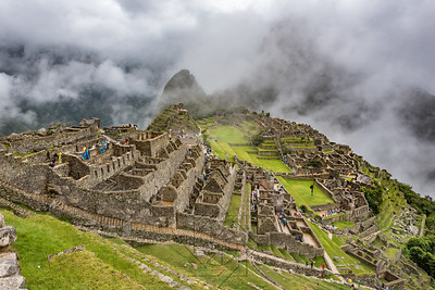 wide view of machu picchu looking towards peaks