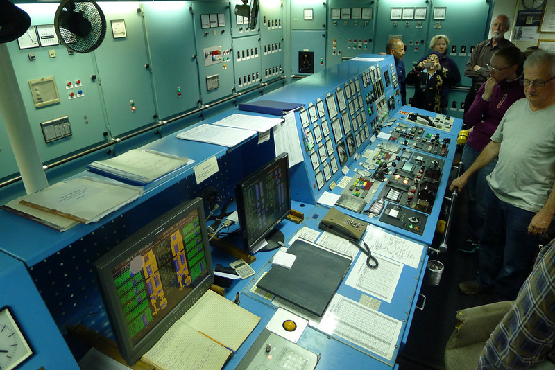 Antarctica - Jan 2013 - Sergey Vavilov Circle Trip,   The Vavilov's engine control room.