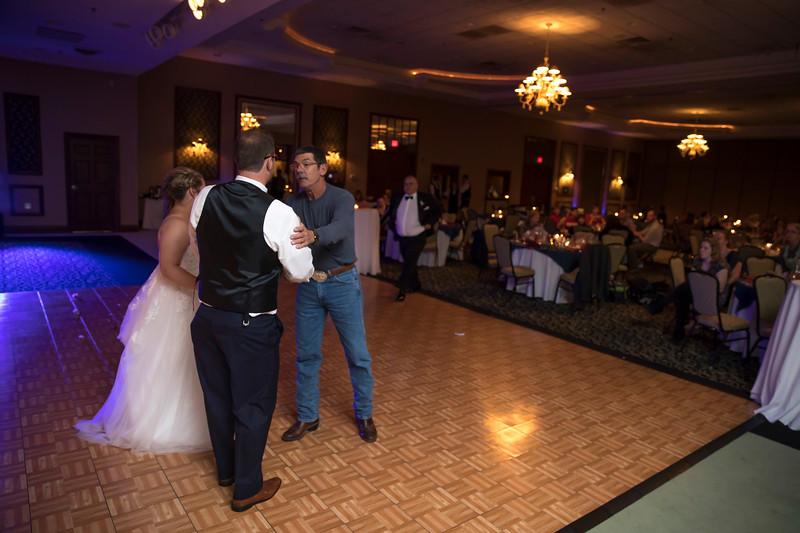 Amanda & Tyler Wedding 0780.jpg