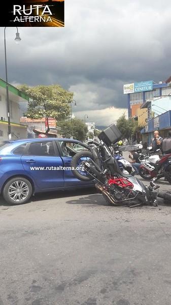 CR_NEGATIVE_AccidentMotorcycle.jpg