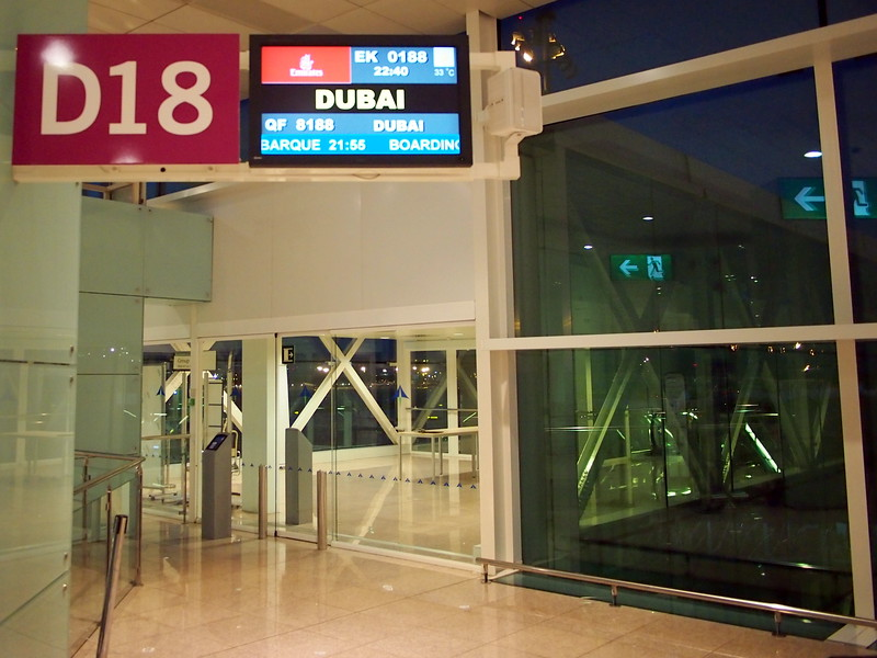 P4285607-emirates-to-dubai.JPG