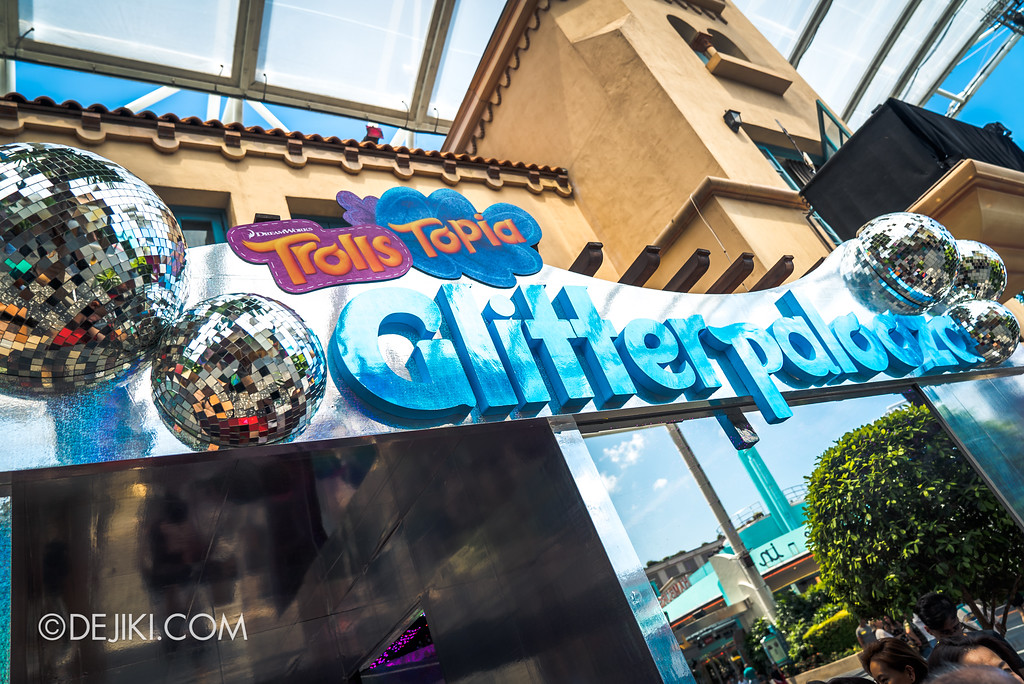 Universal Studios Singapore Park Update March 2018 TrollsTopia event - Glitterpalooza sign