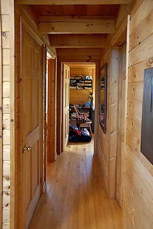 cabin_07.jpg