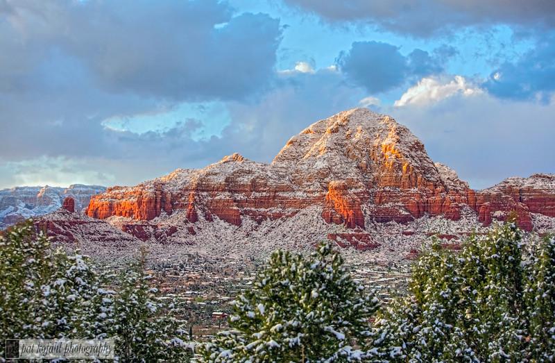 Redrock Sunset with Snow 1 _MG_7202.jpg