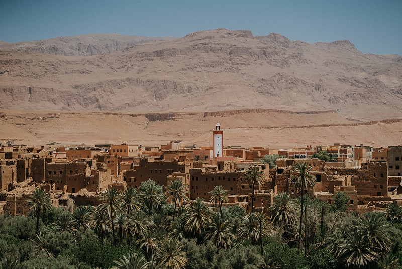 Tu-Nguyen-Destination-Wedding-Photographer-Morocco-Videographer-Sahara-Elopement-251.jpg