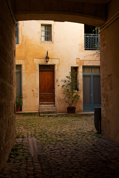 Arles Courtyard