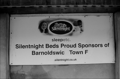 Barnoldswick Town (a) L 3-1