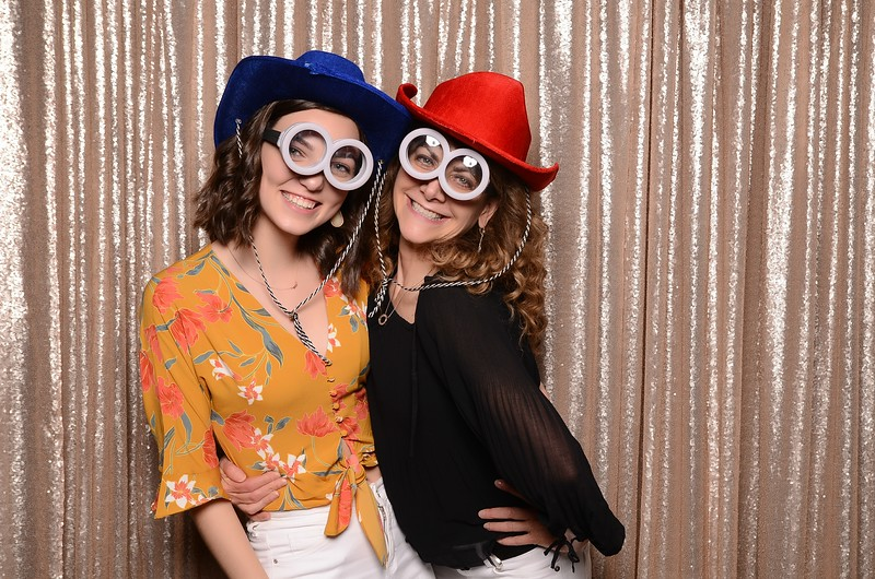 20180324_MoPoSo_Seattle_Photobooth_Number6Cider_Thoms50th-292.jpg