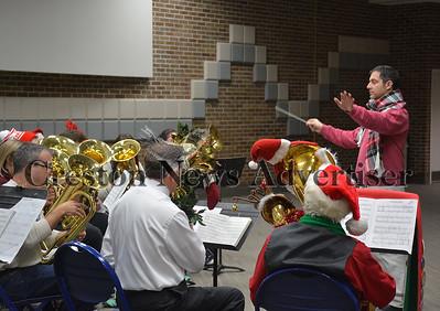 12-3 Tuba Christmas