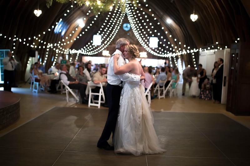 Garrett & Lisa Wedding (589).jpg