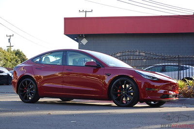 Tesla Model 3 - Multi-Coat Red 4