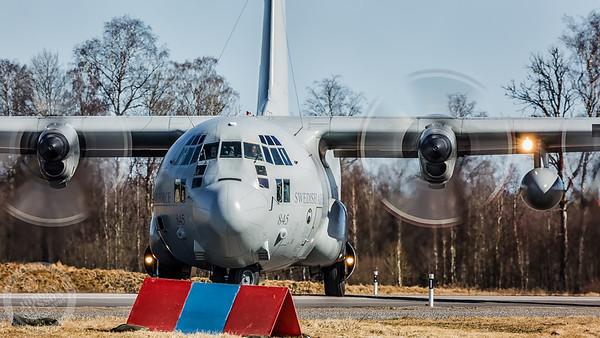 C-130 Road base landings