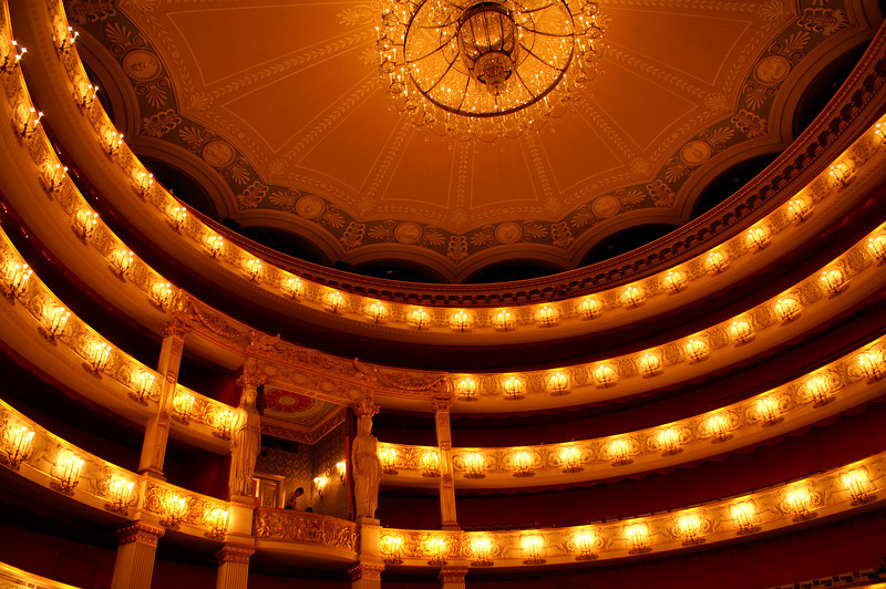 """The Staatsoper from the inside - today we're watching the opera """"Luisa Müller"""" by Verdi. It's not London, but still quite a good performance..."""