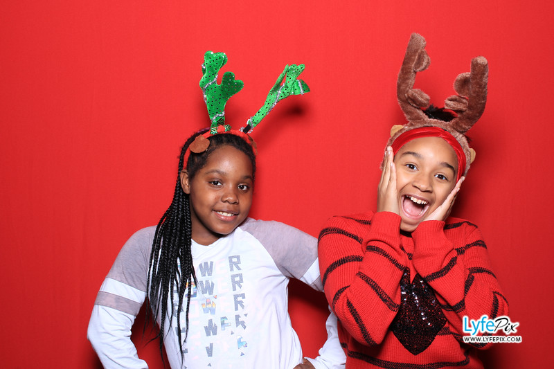 eastern-2018-holiday-party-sterling-virginia-photo-booth-0126.jpg