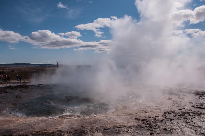 2016.05.21 - Reykjavik, Iceland. Geysers. Strokkur, the big one...going off.