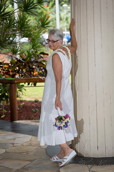 128__Hawaii_Destination_Wedding_Photographer_Ranae_Keane_www.EmotionGalleries.com__141018.jpg