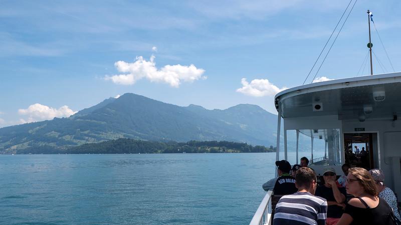 Switzerland-Boat-to-Lucerne14.jpg
