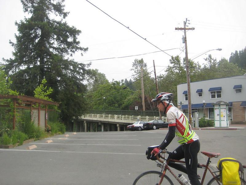 Don near the bridge in Guerneville (2009 SFR 600k, photo Brian Chun)