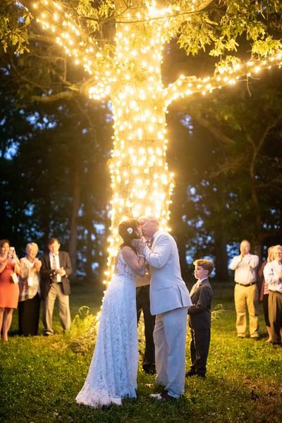 romantic-wedding-night-lights.jpg