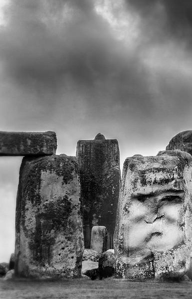 stoneface bwpsd.jpg