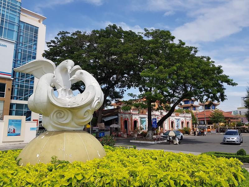 20191130_122928-peace-monument.jpg