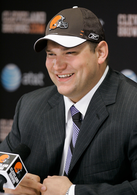 . Cleveland Browns\' Joe Thomas is all smiles as he answers questions during a news-conference, Sunday, April 29, 2007, in Berea, Ohio. The Browns selected Wisconsin tackle Joe Thomas as the number three pick in the first round of the 2007 NFL Draft. (AP Photo/Tony Dejak)