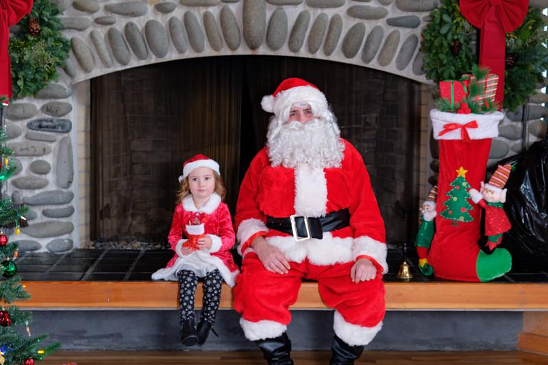 CB Santa 2019-7653.jpg