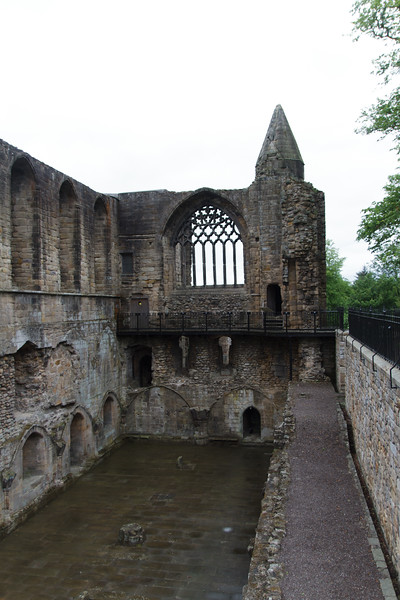 Dunfermline Abbey - 13.jpg
