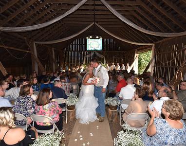 Little River Blue Grass Barn Weddings