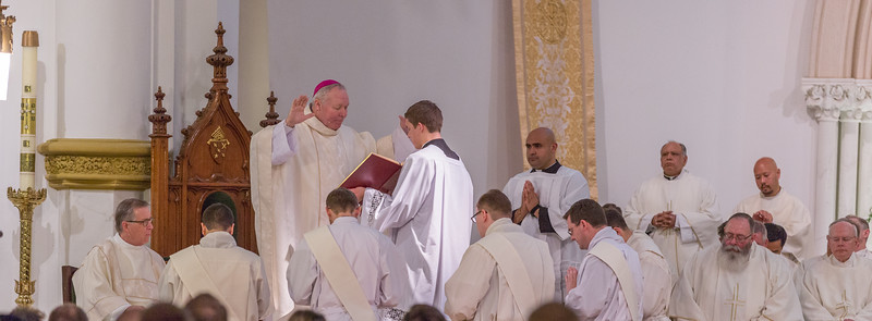 Priest ordination-6329.jpg