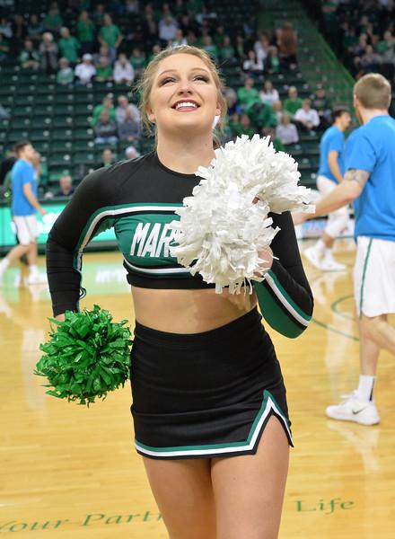 cheerleaders3828.jpg