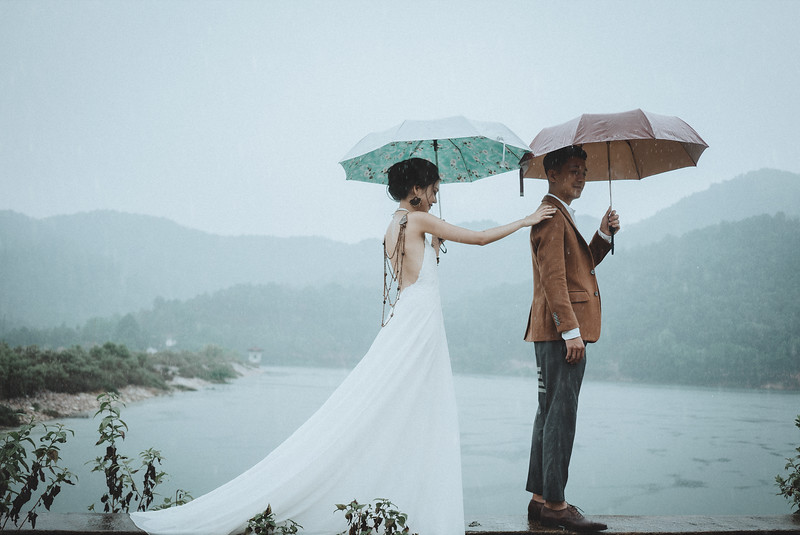 Tu-Nguyen-Destination-Wedding-Photography-Elopement-Vietnam-Pali-Louis-w-77.jpg
