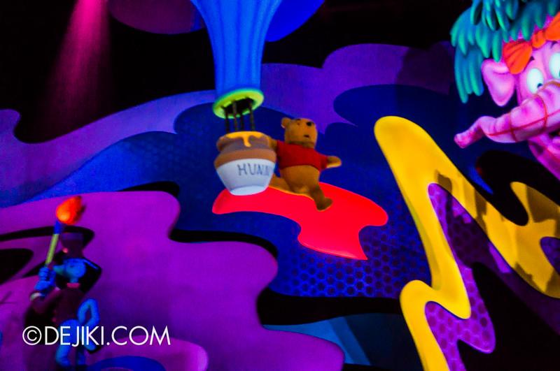 Tokyo Disneyland - Pooh's Hunny Hunt, Heffalump and Woozles / Dream Pooh