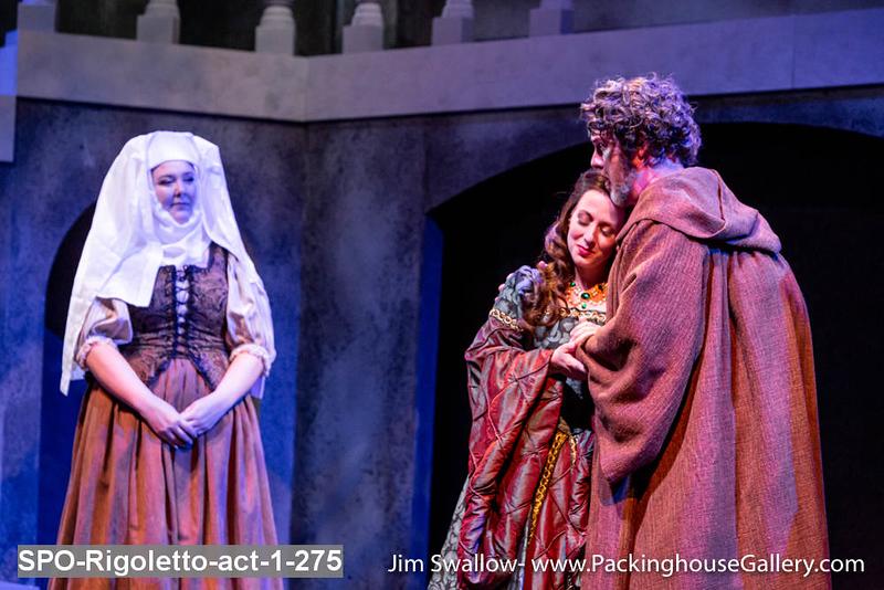 SPO-Rigoletto-act-1-275.jpg