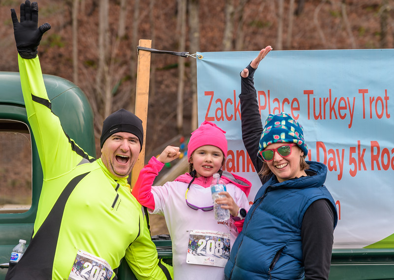 2019 Zack's Place Turkey Trot -_8507850.jpg