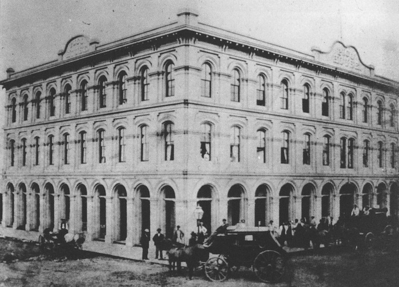 1870-elpueblothehistoricheartofla-101.jpg