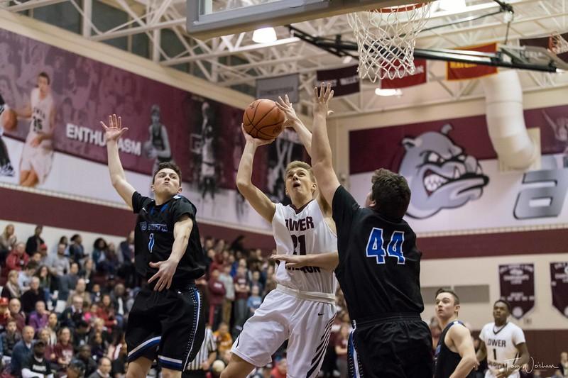 LMHS_boys_Basketball_vs_CBS-20.jpg