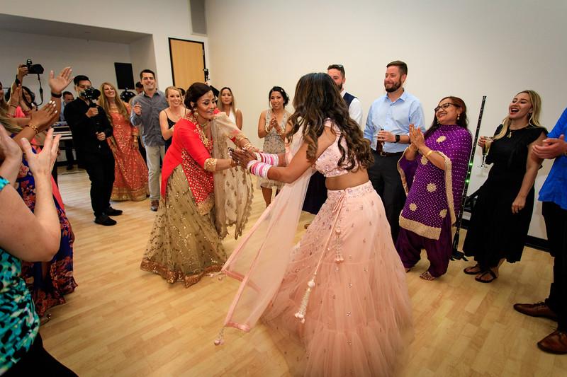 Neelam_and_Matt_Gurdwara_Wedding-1667.jpg