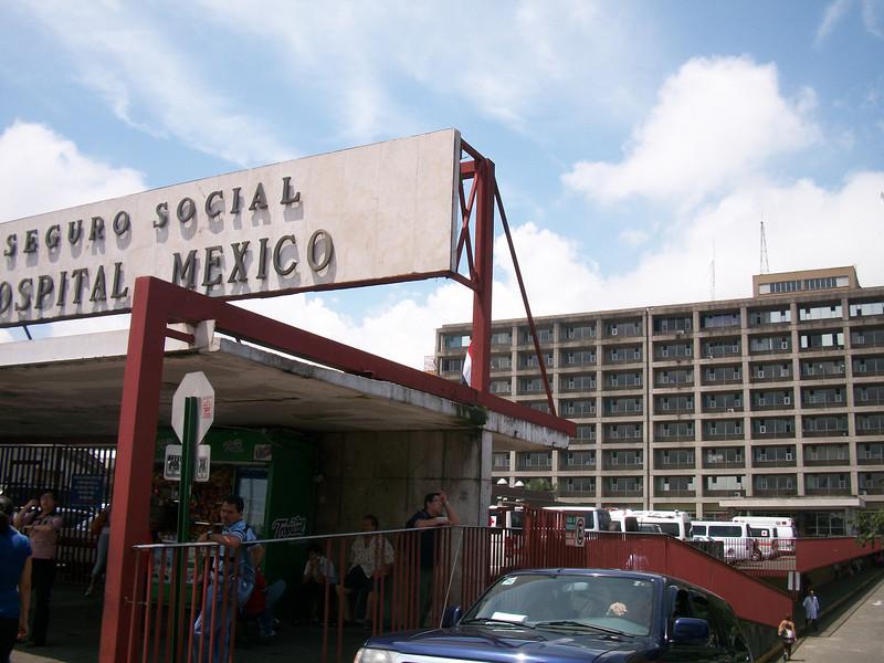 HospitalMexico.JPG