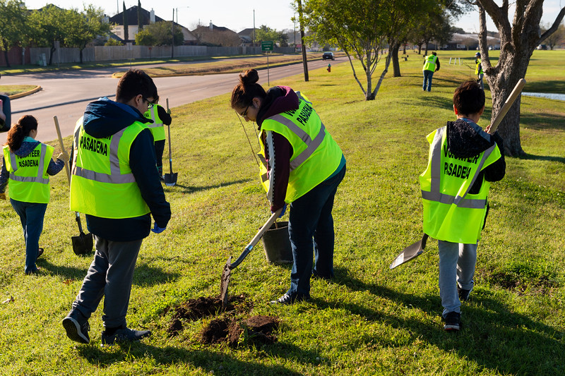 Tree Planting_Crenshaw_Preston__2020_018.jpg