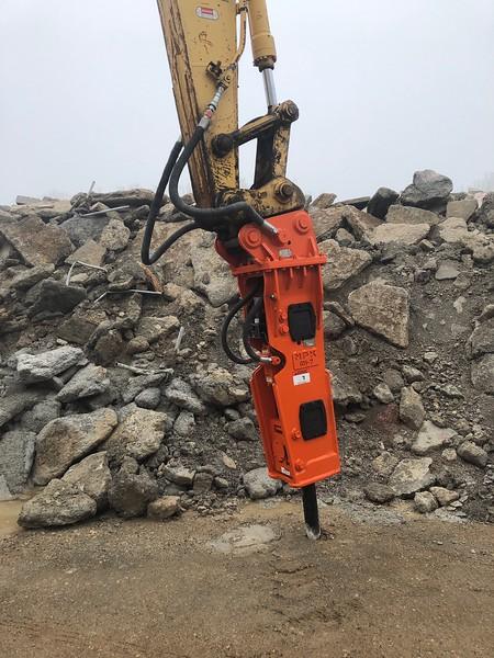 NPK GH7 rental hammer on SK210 excavator - Grand Rapids, MI - AIS  5-20.jpeg