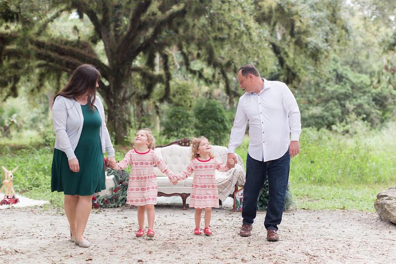 Holiday Minis- Bogie Family-16.jpg